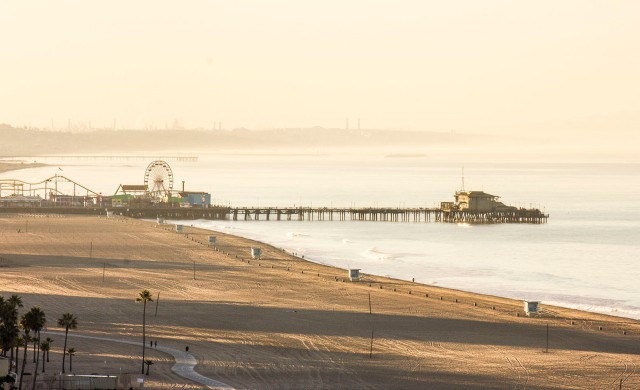 Santa Monica pier early morning